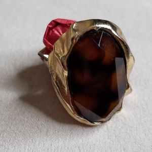 YES $3.00!! Monet Brown Oval Ring